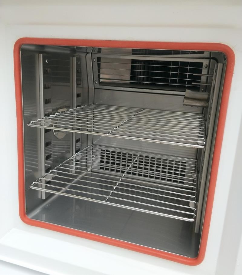 高低温试验机内箱图