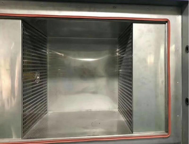 温度冲击试验箱内箱