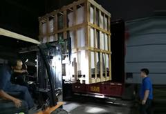 1000L恒温恒湿试验箱与模拟运输振动台出发南京
