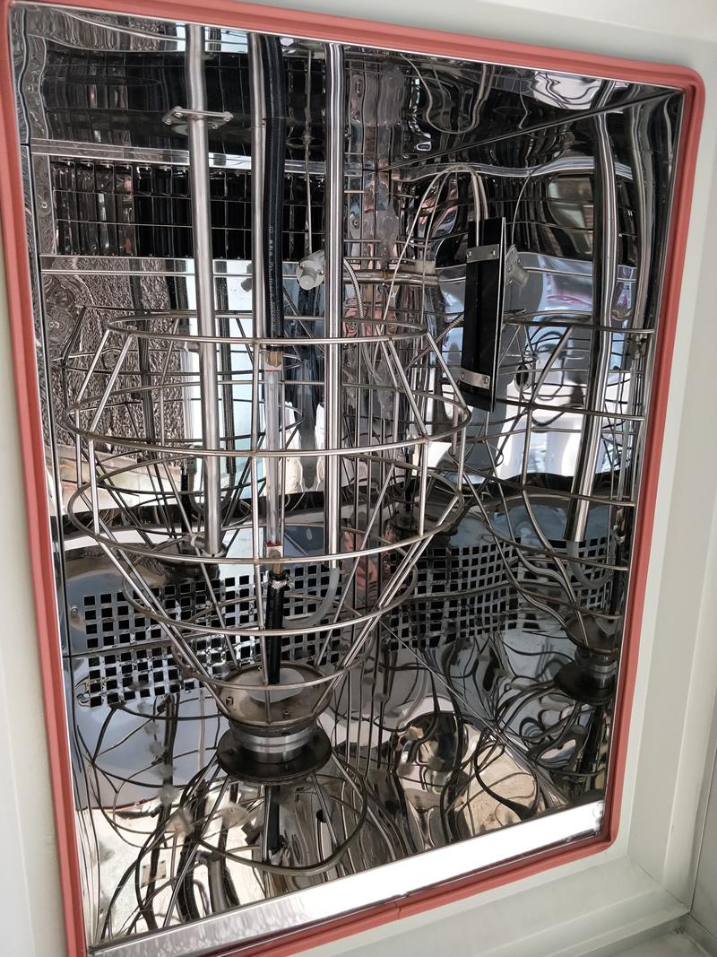 氙灯老化试验机产品测试区