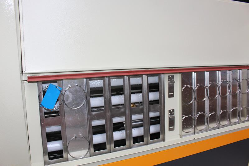 紫外线老化试验机产品测试区