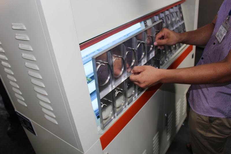 紫外线耐候老化试验箱产品测试中