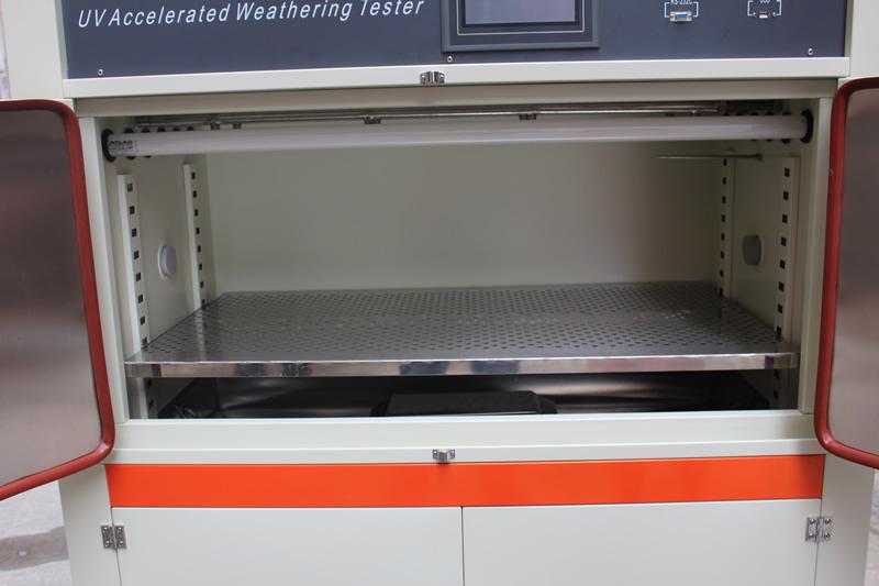 紫外光老化试验箱产品测试区
